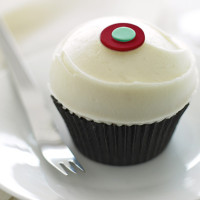 Free Cupcakes from Sprinkles – One Now and One on Your Birthday